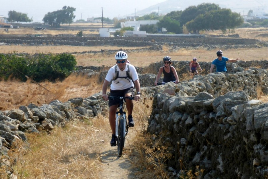 Cycling at single tracks among the rural landscapes of Mykonos